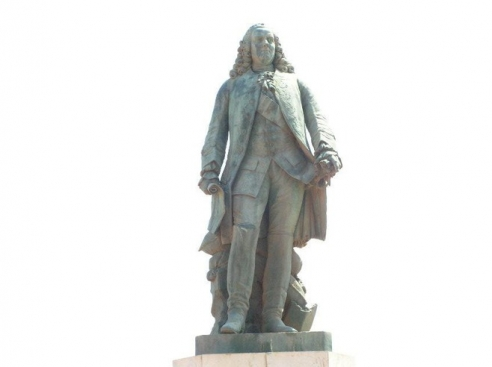 Statue of Dupleix
